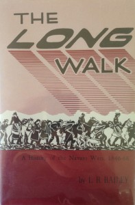 American West vintage books_L.R. Bailey_The long walk_A history of the Navajo wars 1846 - 68